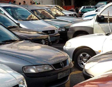 Tem início hoje leilão de 956 veículos apreendidos