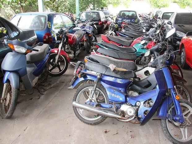 Veículos guinchados em local proibido irão a leilão em Cuiabá